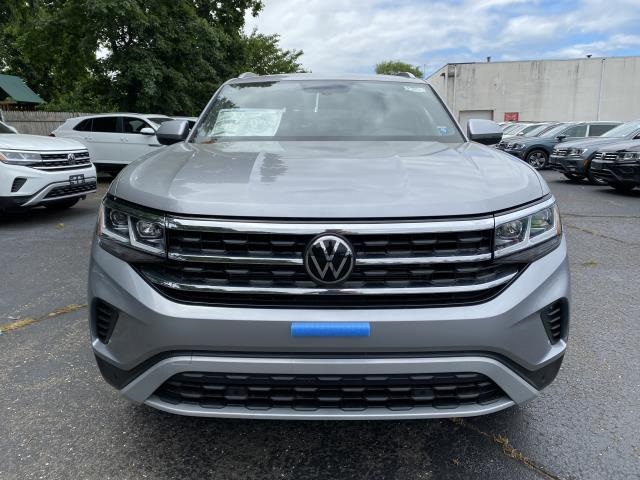New 2020 Volkswagen Atlas Cross Sport SE with Technology with 4MOTION®
